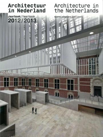 Architectuur in Nederland Jaarboek 2012 / 2013 - 'Renovatie 3 flatgebouwen Gentiaanbuurt'
