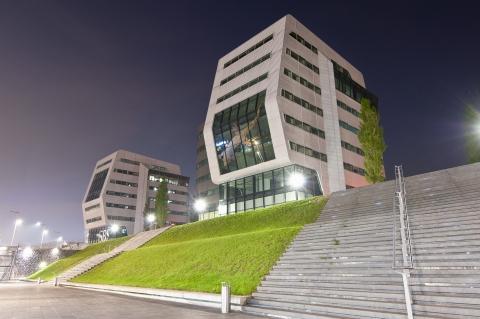 Hans van Heeswijk architecten ontwerpt interieur kantoor Davids Advocaten Amsterdam.