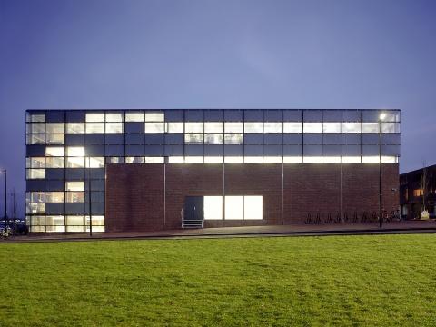 Sporenburg kantoor en gymzaal